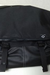 비엘씨브랜드(BLCBRAND) N010 MESSENGER BAG - BLACK 후기