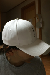 디폴트(DEFAULT) DEFAULT EMBROIDERY 7PANEL CAP(Black) 후기