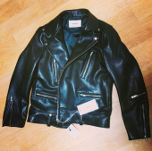 비바스튜디오(VIVASTUDIO) TERRY RIDERS JACKET GA [BLACK] 후기