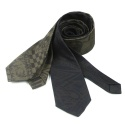 UTA 07 untage signature four in hand tie