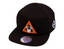 더블에이에이 피티드(DOUBLE AA FITTED) Three point logo cap