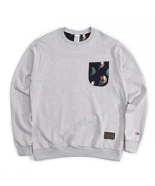 어커버_Parrot pocket crewneck Gray