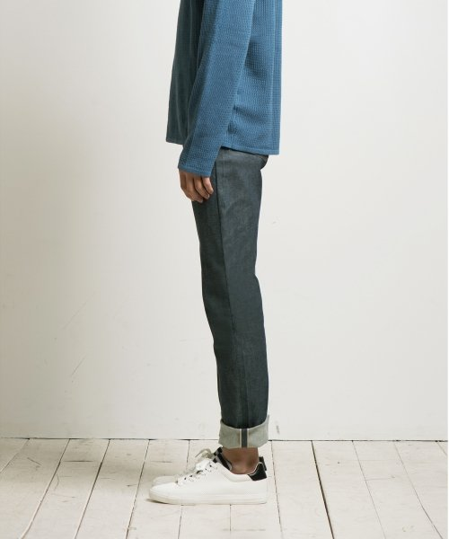 언터치드_AMC GREEN BLUE SELVAGE (RED TAB)