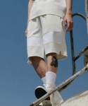 Square point shorts (white)