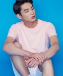 셔터(SHUTTER) SHUTTER POINT 1/2 T-SHIRTS (LIGHT PINK)