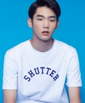 셔터(SHUTTER) SHUTTER APPLIQUE 1/2 T-SHIRTS (WHITE)