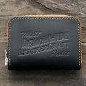 데몬하이드(DEMON HIDE) TRUST SMALL ZIP AROUND WALLET (BLACK/NATURAL)