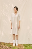 클로징멘트(CLOSINGMENT) [closingment] viscose rayon v-neck dress - white