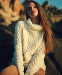 언아웃핏(AOTT) UNISEX AOTT LONG TURTLE CABLE KNIT IVORY