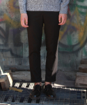 레브드앙뉴(REVE DE AGNEAU) EXTENTION CABRA SLACKS(BK)