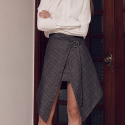 와드로브(WARDROBE) UNBALANCE CHECK WRAP SKIRT_BROWN