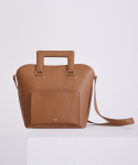 어헤이트(AHEIT) SQUARE LEATHER TOTE BAG CARAMEL