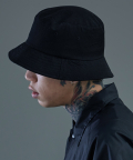 더 티셔츠 뮤지엄(THE T-SHIRT MUSEUM) 17ss X bucket hat [black]