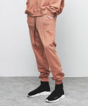 디프리크(D.PRIQUE) SWEAT JOGGER PANTS-RUST