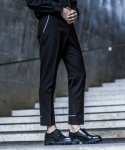 가먼트레이블(GARMENT LABLE) Piping Crop Slacks - Black