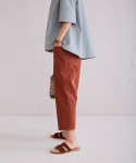 어헤이트(AHEIT) Waist Banded Crop Trousers Brown