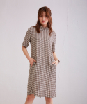 어헤이트(AHEIT) High Neck Cocoon Check Dress Caramel