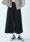 아무 코리아(AMU KOREA) INVERTED PLEATS PANTS