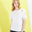 룩캐스트(LOOKAST) WHITE SHOULDER EYELET RIBBON TSHIRT