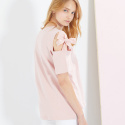 룩캐스트(LOOKAST) PINK OPEN SHOULDER RIBBON TSHIRT