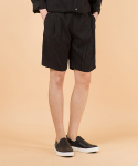 퍼스트플로어(FIRSTFLOOR) POLINEN BANDING SHORTS (ONE-TUCK BLACK STRIPE)