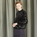 EYELET POINT VELVET TOP_BLACK