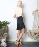 뮤즈바이로즈(MUSE BY ROSE) UNBALANCED STRIPED PLEATED SKIRT [NAVY]