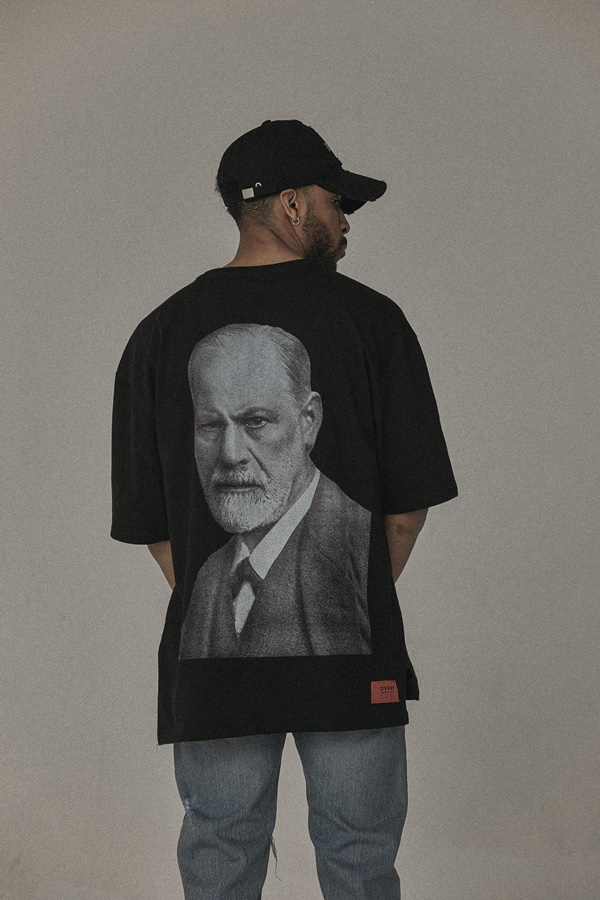 오베르(OVERR) 17S/S FREUD BLACK T-SHIRTS