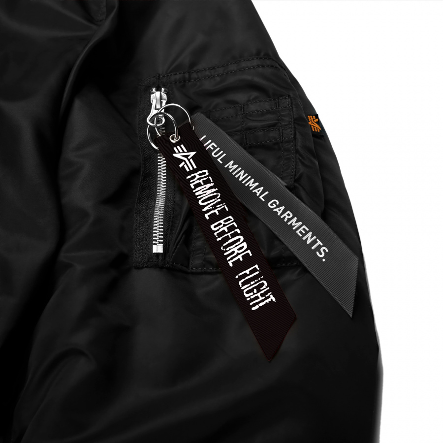 라이풀(LIFUL) ALPHA X LIFUL MA-1 PARKA black