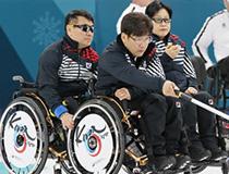 패션인사이트 : '휠라', 팀킴 이어 휠체어 컬링대표팀에도 격려금