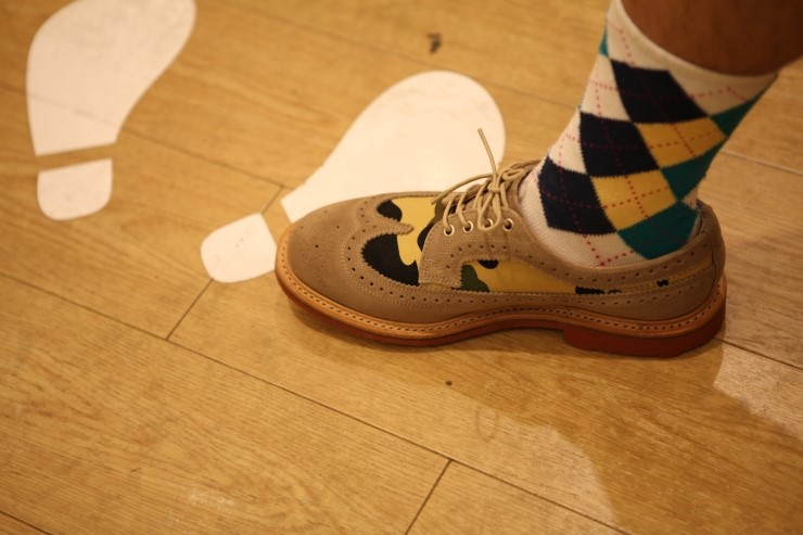 신발 Bape x Mark Mcnairy