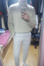 피스워커(PIECE WORKER) Oversize Neck Knit - Beige / Overfit 후기
