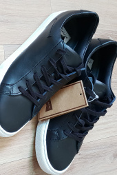 클라시코(CLASSICO) Leather sneakers 후기