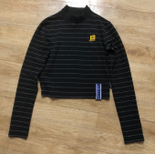로맨틱크라운(ROMANTIC CROWN) Stripe Knit Turtleneck_Butter 후기