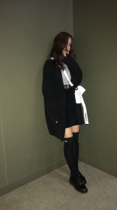 네스티팬시클럽(NASTY FANCY CLUB) [NF] FANCY OVER KNEE SOCKS BLACK (NF18A107H) 후기
