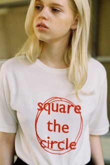 SQUARE THE CIRCLE KNIT TEE - IVORY/RED
