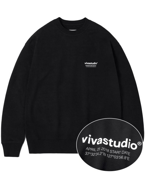 비바스튜디오(VIVASTUDIO) LOCATION LOGO CREWNECK IS [BLACK]