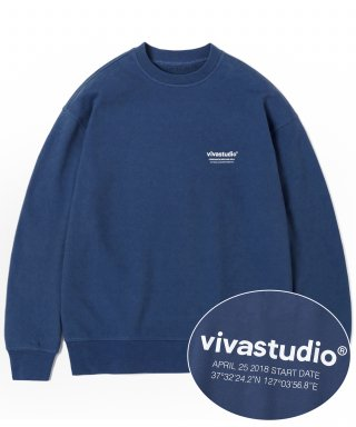 비바스튜디오(vivastudio) LOCATION LOGO CREWNECK IS [INDIGO BLUE]