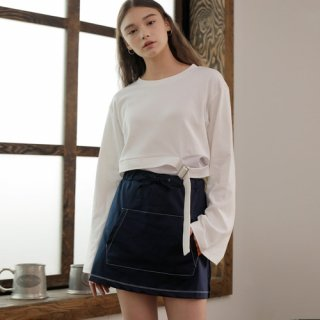 와드로브(wardrobe) KANGAROO POCKET SKIRT_NAVY