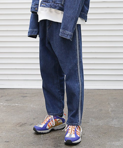 매스노운(MASSNOUN) NOR WASHED INCISION DENIM PANTS MFEJP003-BL
