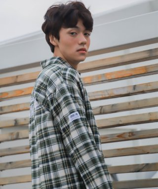 코드아이엠(codeim) SCW LETTERING OVER FIT CHECK SHIRT IVORY