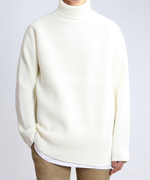 쟈니웨스트(JHONNY WEST) Critical Long Turtleneck (Cream)