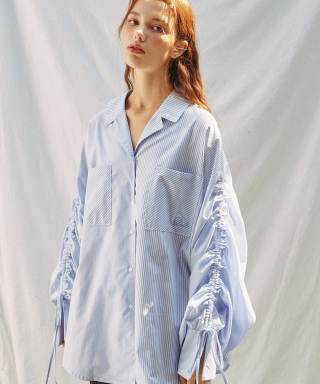 아이아이(eyeye) STRIPE BLOCKING RUCHING SLEEEVE SHIRT_BLUE (EEON1BLR03W)