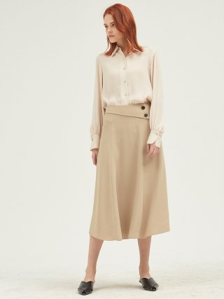 룩캐스트(lookast) BEIGE TWO BUTTON FLARE LONG SKIRT