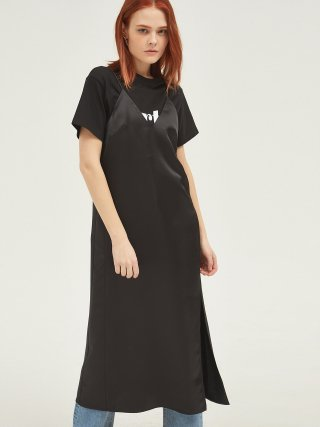 룩캐스트(lookast) BLACK SATIN SLEEVELESS LONG DRESS
