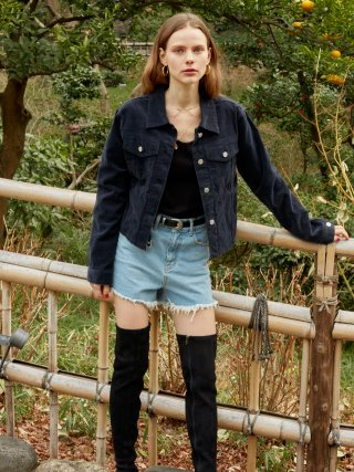 레이브(raive) Corduroy Crop Jacket in Navy_VW9SJ0030