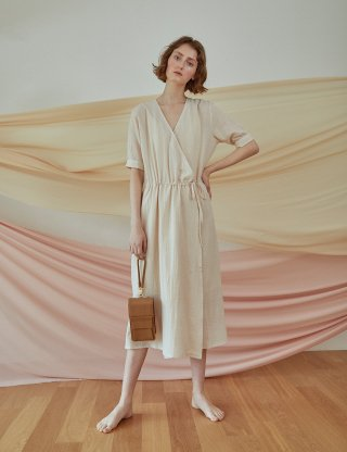 베로니카포런던(veronicaforlondon) SOFTY WRAP DRESS (IVORY)