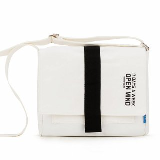 핍스(peeps) open mind mini cross bag(ivory)