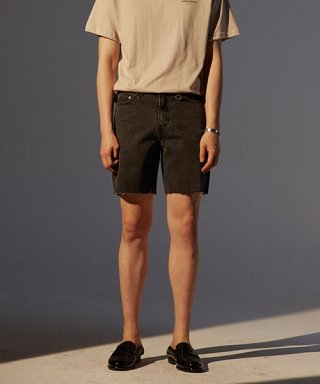 토니웩(tonywack) Musk Cutting Denim Shorts_ Black Washing
