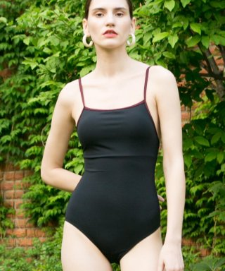 논로컬(nonlocal) Jain One-piece - Black